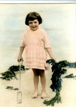 victoria and albert museum london woollen 1920s europeana fashion childhood