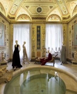 "Exhibition ""Mirabilia Romae"". Evening dresses by Valentino. Palazzo Doria Pamphilj, Bagno di Diana. Photo courtesy of Ansa."