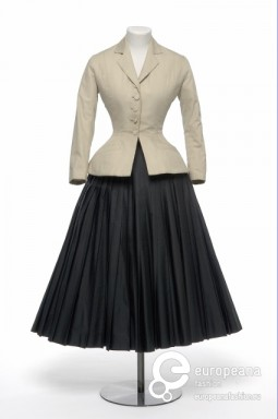 """The """"Bar"""" outfit designed by Christian Dior, 1947. Collection Les Arts Décoratifs, all rights reserved."""