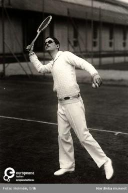 Tennis ensemble by Nordiska Kompaniet, 1928. Collection Nordiska Museet, CC-BY-NC-ND.