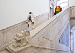 "Exhibition ""Abaixo as Fronteiras! Vivam o Design e as Artes"". Photo by Elvas. Courtesy of MUDE - Museu do Design e da Moda. All Rights Reserved"