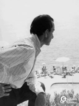 The designer Emilio Pucci in Capri, ca 1952/1953. Courtesy Emilio Pucci Archive, all rights reserved.