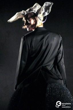 Vestirsi da Uomo, performance curated by Olivier Saillard, Pitti Uomo 80, 2011, Courtesy Pitti Immagine, All Rights Reserved