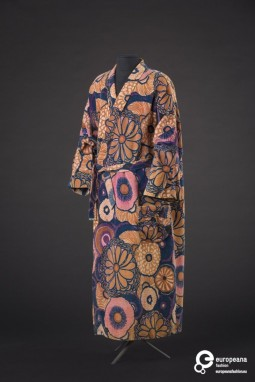 Housecoat, Paul Poiret, fabric Atelier Martine, 1923. Courtesy Modemuseum Hasselt, all rights reserved.