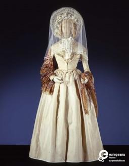 Costume  designed by Piero Tosi and worn by Isabelle Huppert in La Signora delle Camelie, by Mauro Bolognini, 1981, Courtesy Galleria del Costume di Palazzo Pitti, All Rights Reserved