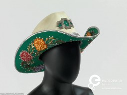 Hat, designed by Nudie Cohn, ca. 1970-80. Courtesy MoMu - ModeMuseum Provincie Antwerpen, all rights reserved.