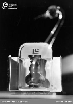'Orgueil' perfume by Lucien Lelong, 1946, Courtesy Stiftelsen Nordiska Museet CC BY NC ND